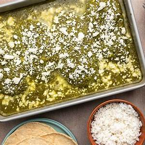 mexican-green-chile-baked-chicken-pollo-verde image