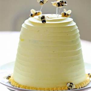 beehive-cake-recipe-zobakes-zoebakescom image