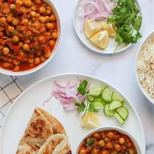 instant-pot-easy-chana-masala-indian-dinner image