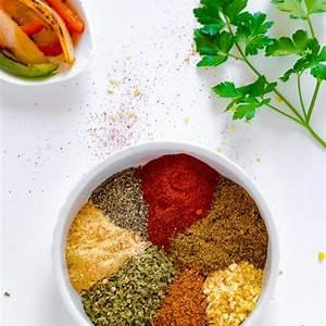 homemade-fajita-seasoning-recipe-chefdehomecom image