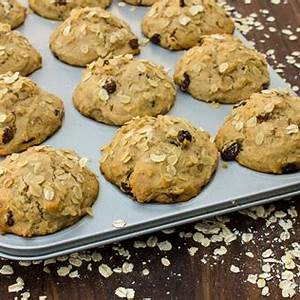 leftover-oatmeal-muffins-with-raisins image