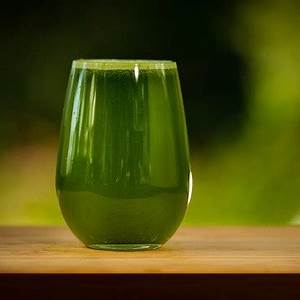 10-healthy-juicing-recipes-for-cleansing-the-body-of-toxins image
