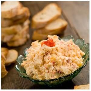 bobbys-quick-easy-pimento-cheese-sandwich image