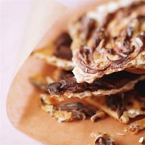 caramel-matzo-crunch image