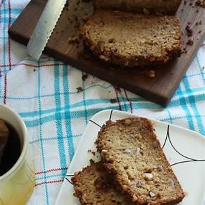 applesauce-bread-easy-quick-bread-recipe-stephie image