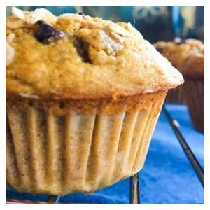 healthy-oatmeal-banana-muffins-with-chocolate-chips-raisins image