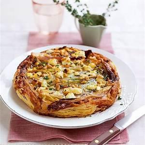 caramelised-chicory-and-onion-tarte-tatin image