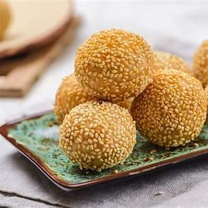 chinese-sesame-seed-dessert-balls image