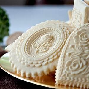 classic-springerle-cookies-springerle-joy-blog image