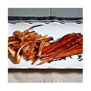 sticky-orange-glazed-carrots-side-dish-kosher image