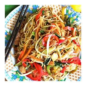 chow-mien-recipe-how-to-cook-like-the-chinese-restaurant image