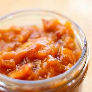 easy-apricot-chutney-recipe-fusion-craftiness image